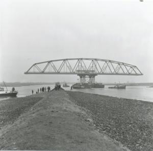 Spoorbrug bij Westervoort