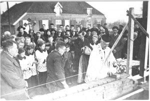 Pastoor Slinger: parochie Giesbeek