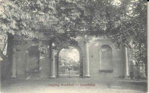 Begraafplaatsen - Ingang Kerkhof - Doesburg